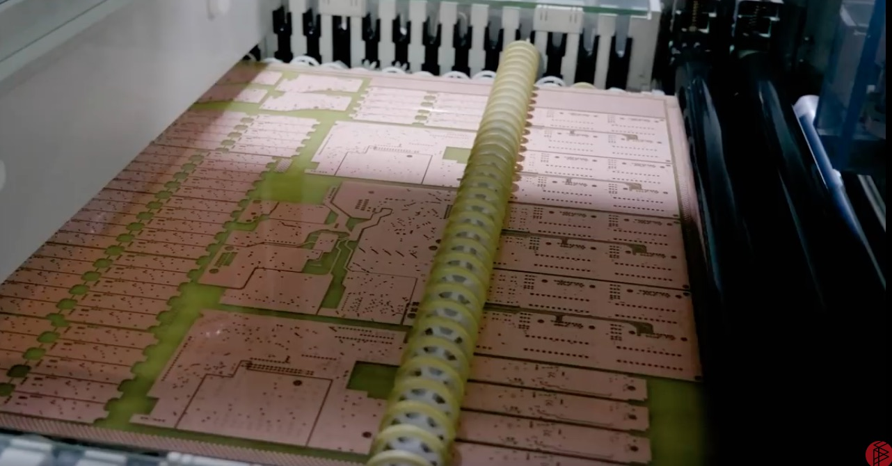 Inside A Huge Printed Circuit Board Factory In China Buy Pcb Recycling Machineprinted Equipment The Ink Has Been Washed Away Leaving Copper And Fiberglass